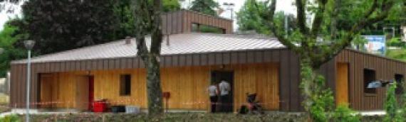 Le Conseil Régional du Jura réalise une crèche en matériaux bio-sources